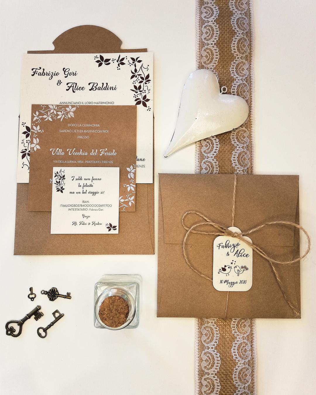 Partecipazione su carta grezza cartone e carta riciclata wedding trepuntozero fiori